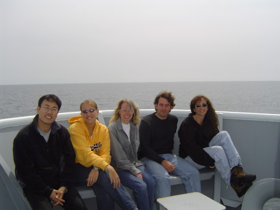 The Science Crew of the R/V Thompson TN168-1