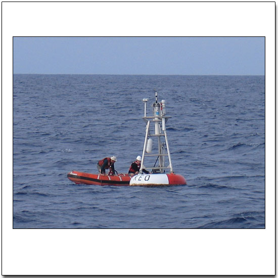 Removing sensitive instruments before hauling the KEO buoy onboard